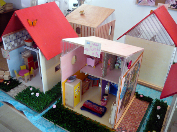 doll's house exibition 1
