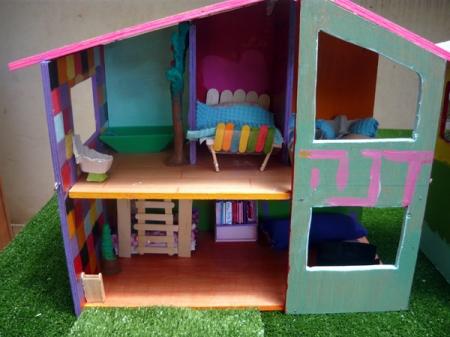 dana's house