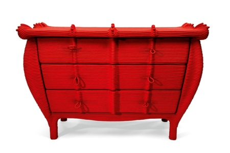 red commode