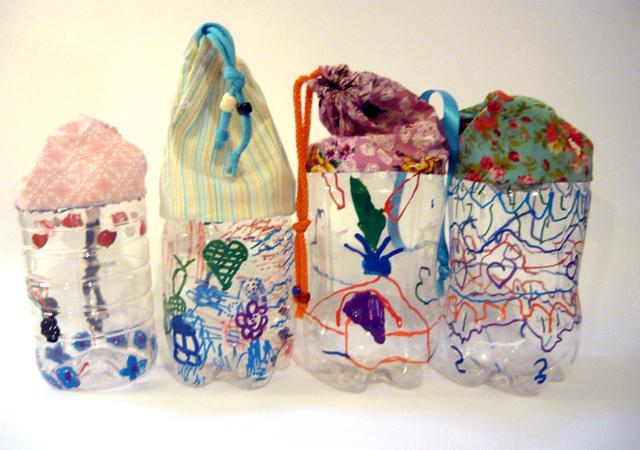 chidren create bottle pencil case 2