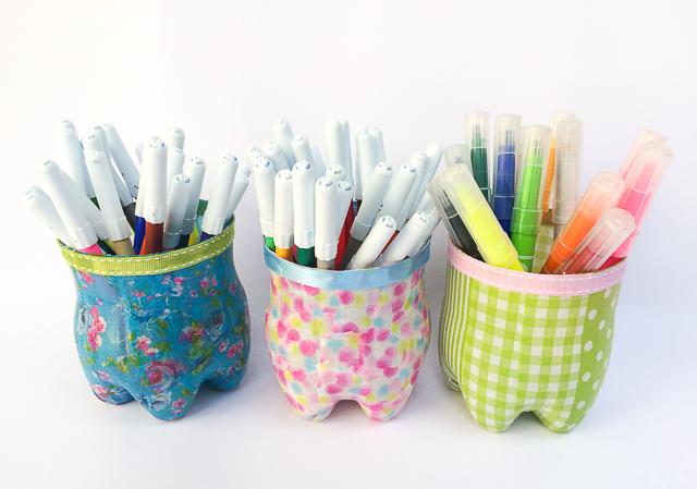 כוס לעיפרונות מבקבוקי פלסטיק