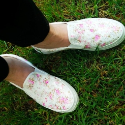 נעליים דקופאצ' ורוד לבן